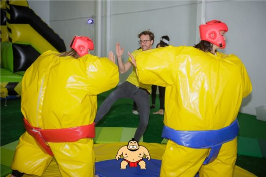 actividad-humor-amarillo