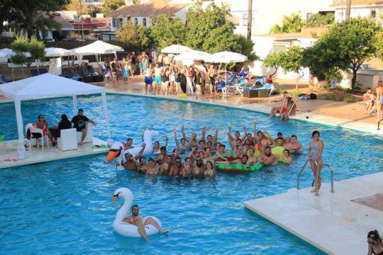 Fiestas-en-piscina-Málaga
